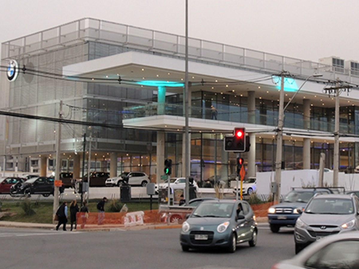 ULMA im Hauptsitz von BMW Chile