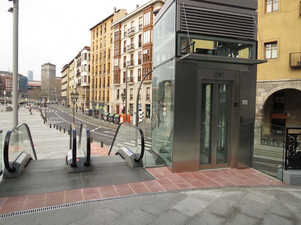 ULMA-Rinnen im Ribera-Markt in Bilbao, nördlich von Spanien