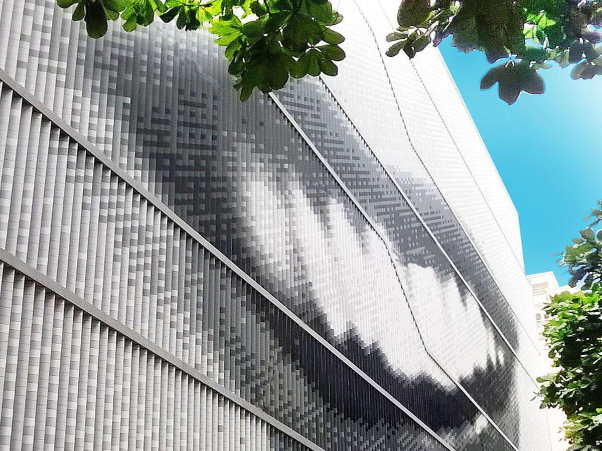 Hinterlüftete Fassade von ULMA am Museum Mis in Rio Janeiro