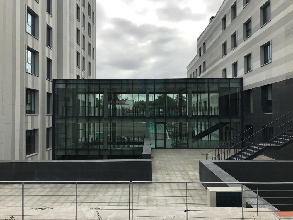 Hinterlüftete Fassaden von ULMA am neuen Studentenwohnheim UNEATLÁNTICO