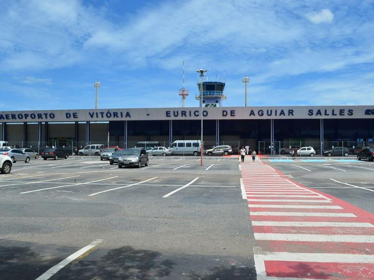 ULMA channels in the new airport of Vitoria in BRAZIL
