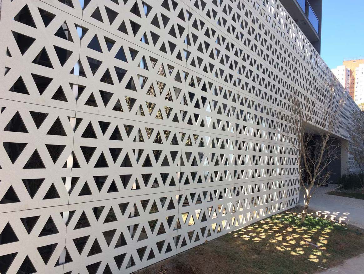Novel perforations for VN Alvorada facade in São Paulo