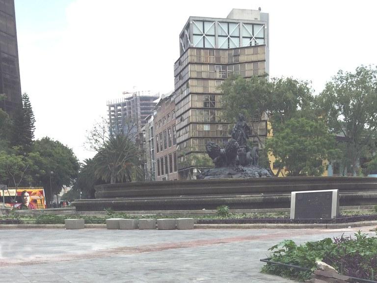 ULMA Drainge channels in  PLAZA CIBELES- MÉXICO