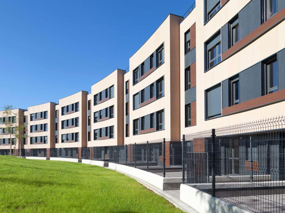 Ventilated facades produced by ULMA used in 108 social housing homes in Bizkaia