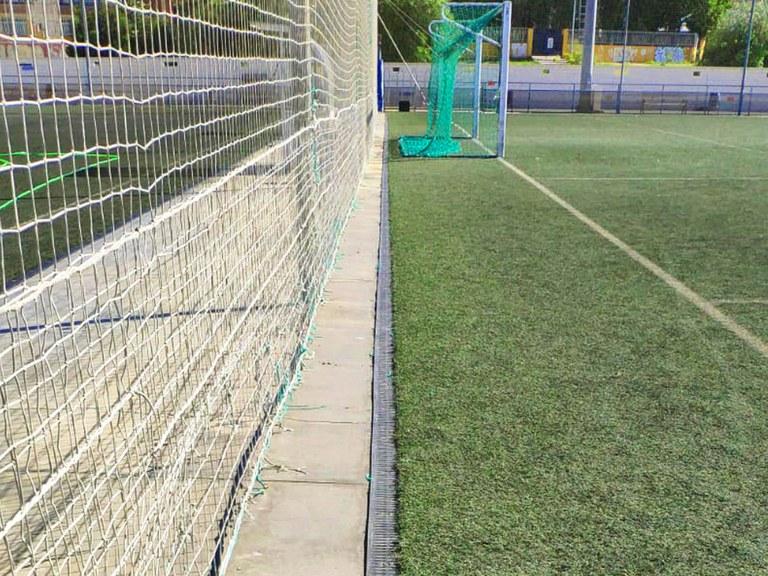 11.000 rejillas para 24 campos de fútbol de Málaga