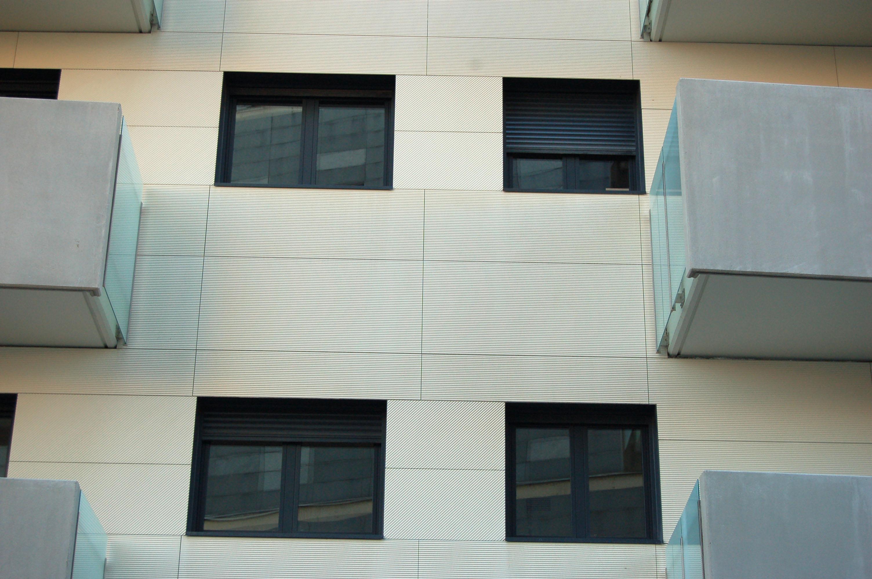 Tarraco jpg cerramientos - Cerramientos de fachadas ...