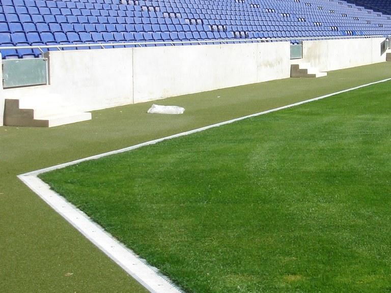 Campo de fútbol del Espanyol, con canales ULMA