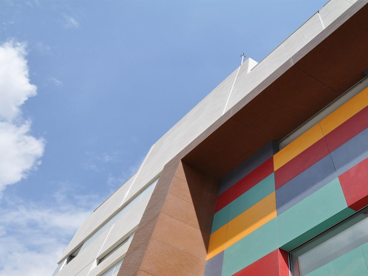 Edificio dotacional Colegio Sagrados Corazón- Madrid