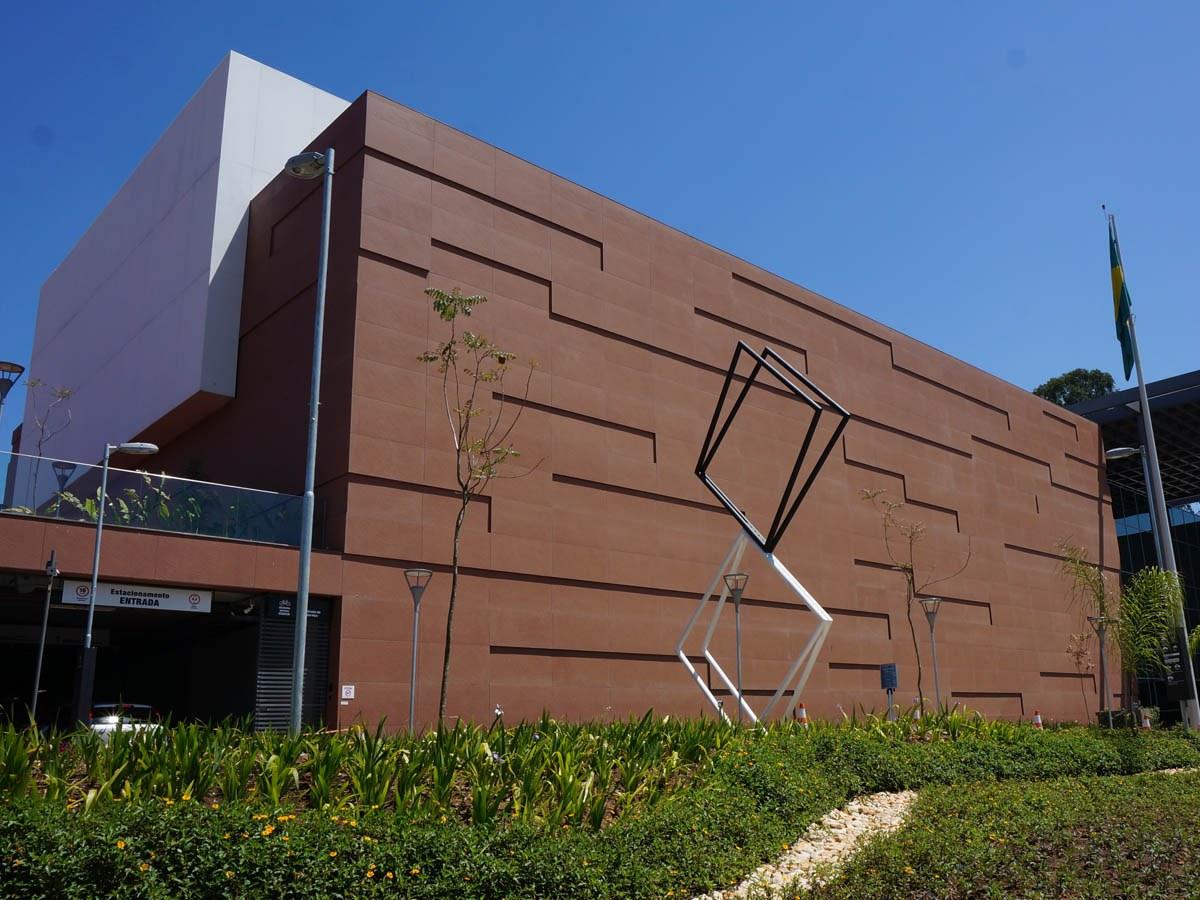 Fachada Ventilada en la nueva sede del SESC (Brasil)
