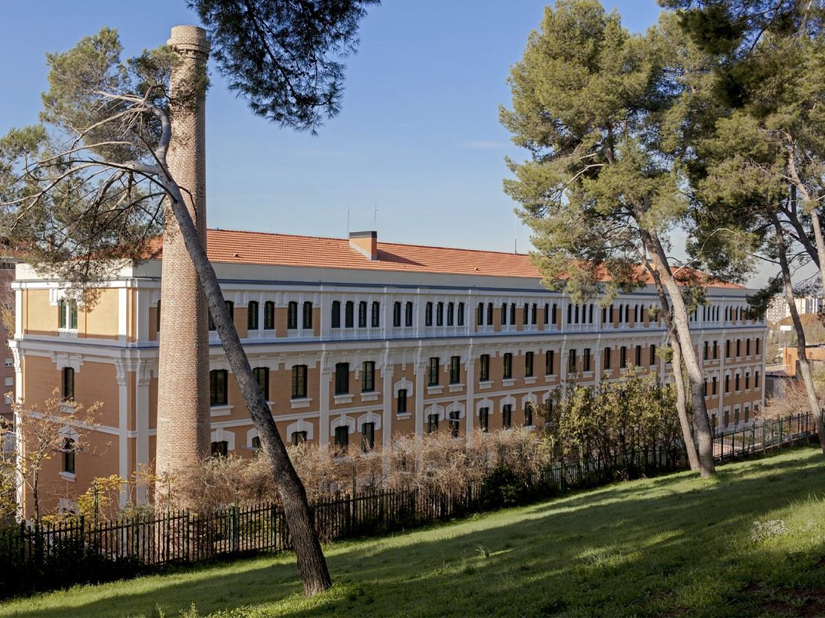Rehabilitar y mantener la estética de un edificio de los años 30