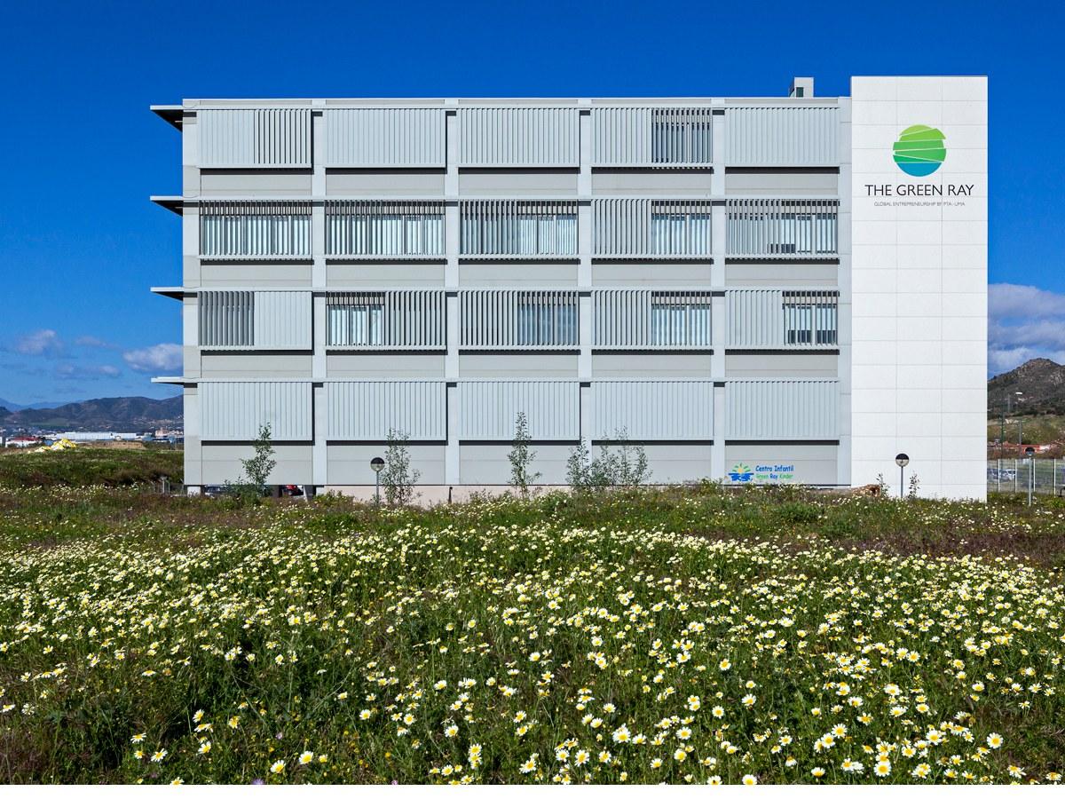 ULMAko Fatxada Malagako Green Ray eraikinean