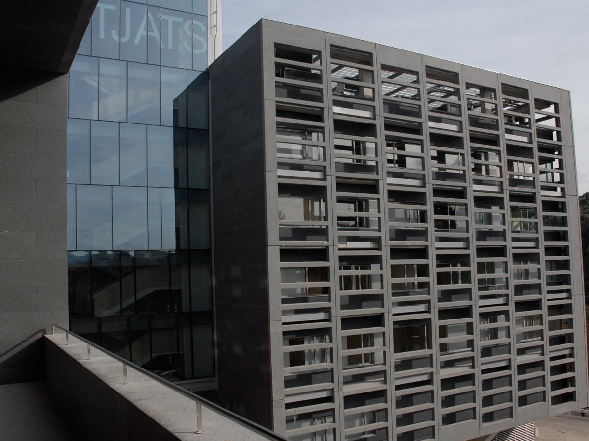 """""""Elkarrizketa CTS Arquitectes, Manresako epaitegi egileei"""""""