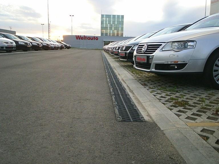 Sede della Porsche a Belgrado -Serbia