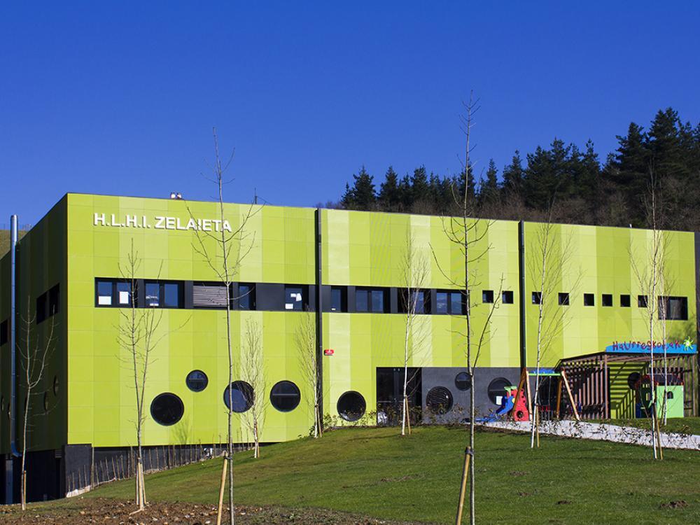 Un edificio singolare, altamente efficiente e costruito a tempo di  record