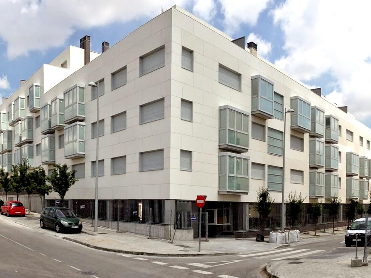 Edificio residenziale con facciata ULMA a Valdebebas Madrid