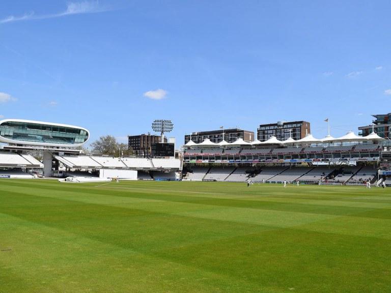 Drenagem ULMA no histórico campo de críquete de Lord de Londres